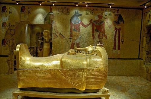 Гробницу Тутанхамона закроют