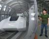 Китайцы изобрели поезд, который сможет двигаться со скоростью 2900 км в час