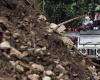 Оползень в Индии оставил  под завалами около 150 человек