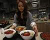 Жительница Южной Кореи зарабатывает $ 9000 в месяц, ужиная онлайн