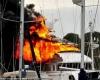 Пожар уничтожил  роскошную  яхту за 12 млн.  долларов