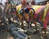 Древний ритуал в Индии: стадо коров прогнали по лежащим людям