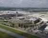Очередная угроза взрыва в аэропорту: сотни эвакуированных