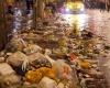 85 тонн мусора и 15000 пустых бутылок шампанского осталось на улицах Лондона после новогодней ночи
