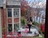 Американец  купил дом рядом со своей бывшей женой, чтобы каждый день показывать ей fack