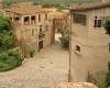 Деревня смурфов в Испании - снова в центре внимания