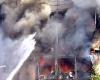 В Париже недалеко от Эйфелевой башни возник пожар