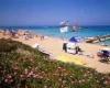 На Кипре, отель Аскос Бич - окна смотрят прямо на море