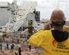 Три человека погибло при частичном разрушении стадиона в Бразилии